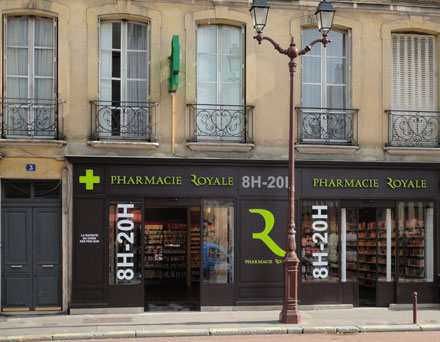 Proyecto de diseño de fachada de su farmacia : ¿qué acabado elegir?
