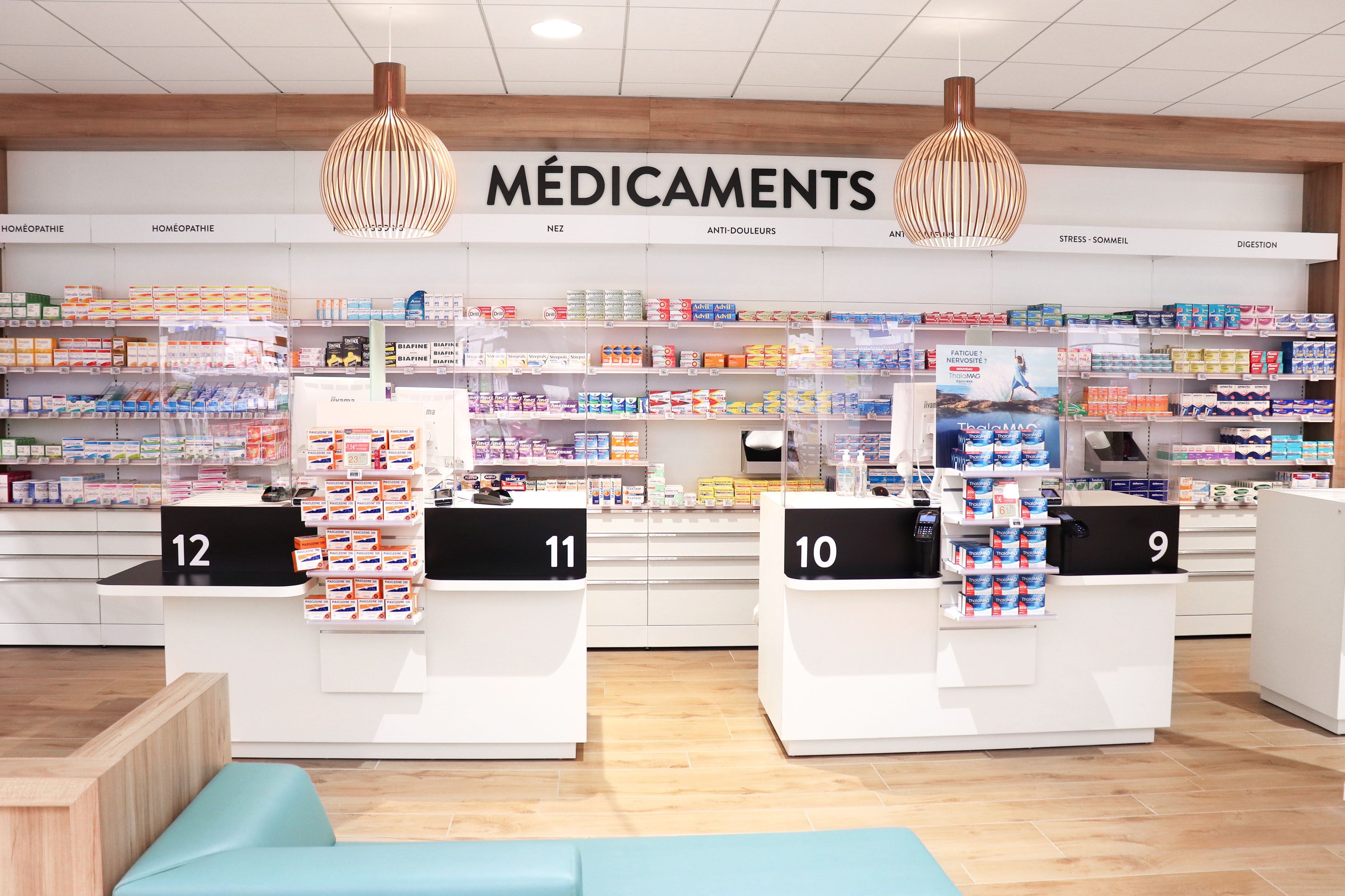 Agencement de pharmacie Mobil M