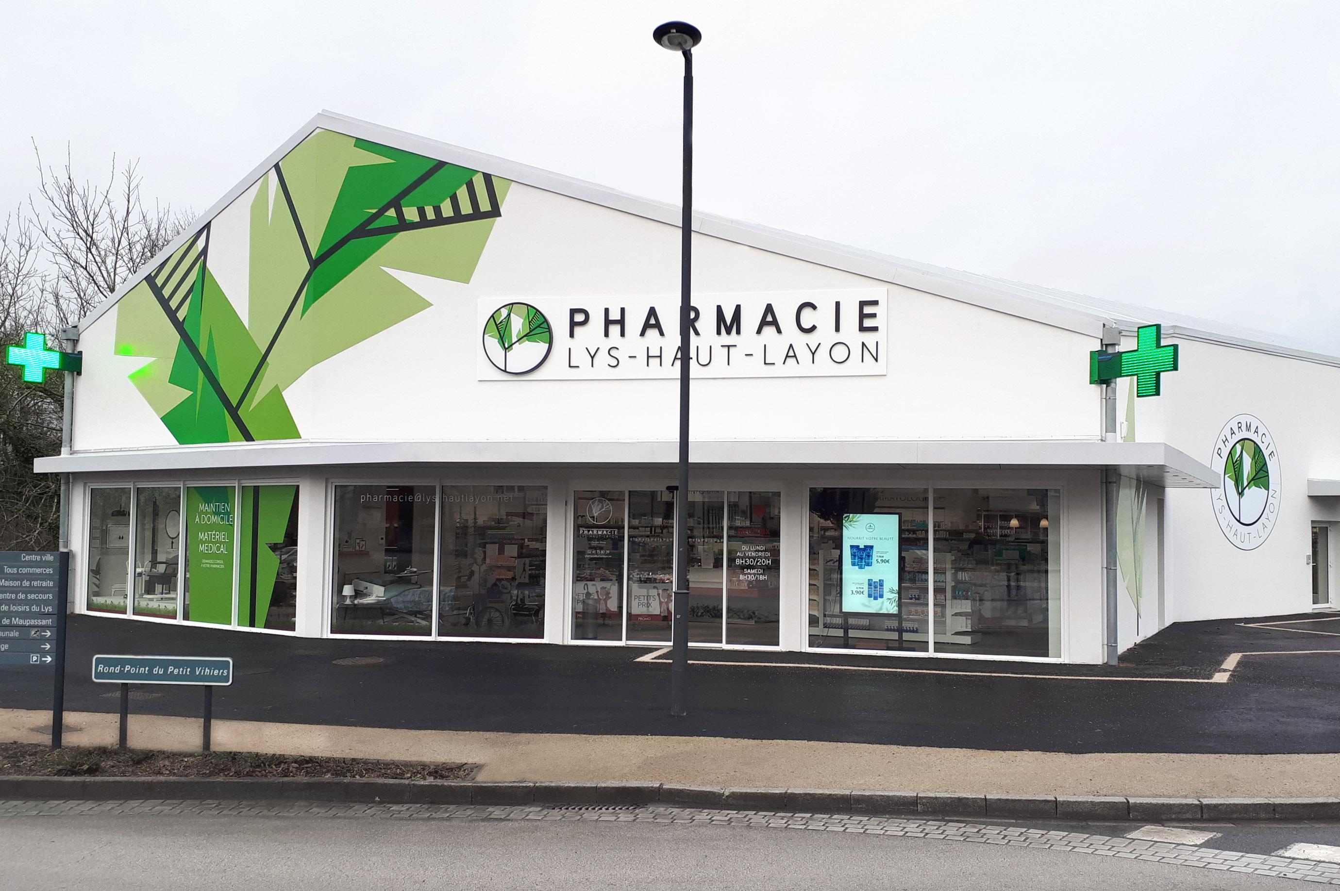 La façade de votre officine fait partie intégrante de votre projet d'agencement de pharmacie. Il s'a