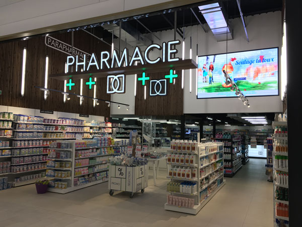 Agencement de pharmacie centre commercial
