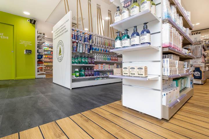 Agencement de pharmacie des Parcs - La Rochelle (17) Mobil M