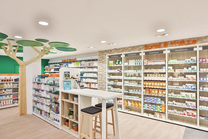 agencement de la pharmacie Fièvre - Mortagne-sur-Sèvre 85 MOBIL M