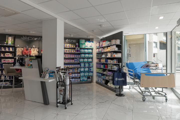 Espace orthopédie MAD prothèse pharmacie de la couronne Saint Dizier (52) Mobil M agenceur de pharma