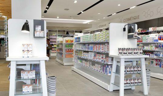 Tête de gondole pharmacie