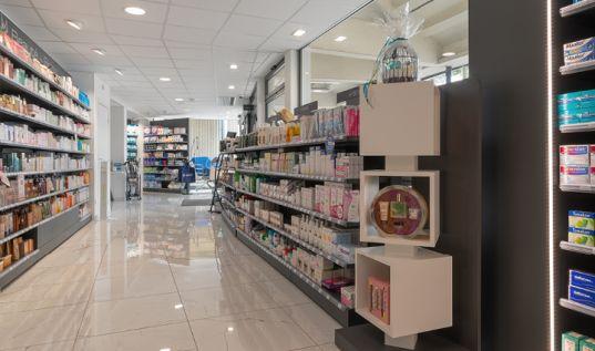 mobil m agenceur pharmacie4