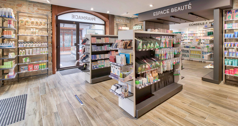 Espace beauté pharmacie Hagolle navarrenx mobilier pharmacie Linéaire et gondole Mobil M