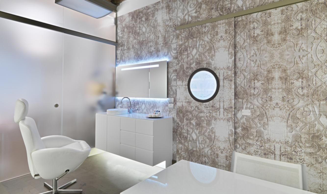 espace confidentiel blanc fauteuil cuir pharmacie